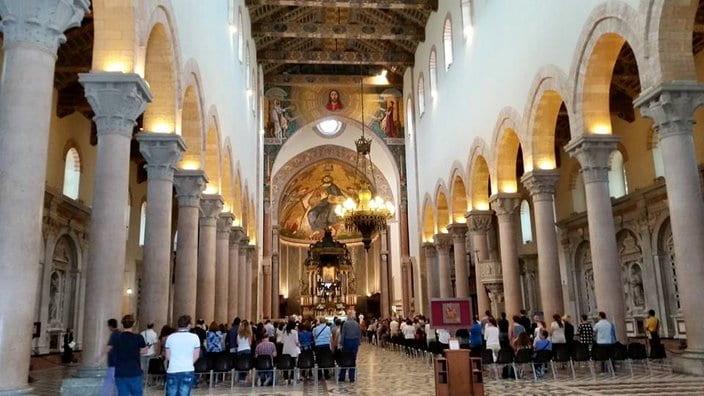 navata del duomo di Messina